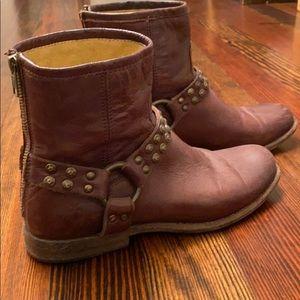 Frye size 9 dark brown boot